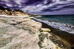 Dzika natura wschodni wybrzeże Cypr Zdjęcia Stock