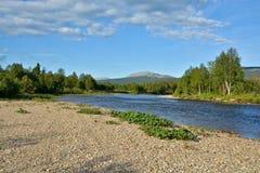 Dzika północna rzeka zdjęcia stock
