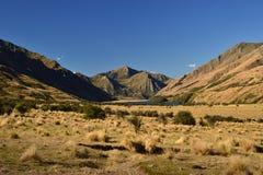 Dziki zachodu krajobraz, Jeziorny Moke, suche góry, sawanny, pustyni ziemia fotografia royalty free