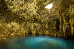 Dzitnup Cenote en péninsule du Yucatan du Mexique Photos libres de droits