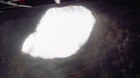 Dziura w jamie zwany Proval Dolny widok zbiory