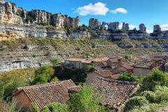Dziura w skale w Orbaneja Del Castillo, Hiszpania zdjęcia royalty free