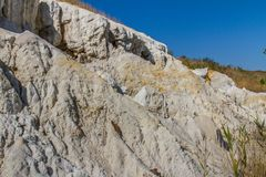 Dziwaczne postacie rzeźbić w glinianych piaskach Zdjęcia Stock