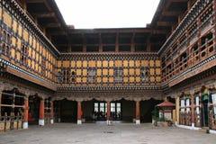 Dzong van Paro, Bhutan, werd gebouwd met hout Stock Afbeeldingen
