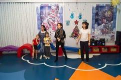 Dzwi otwarty w dziecinu Kaluga region Rosja zdjęcia royalty free
