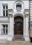 Dzwi wejściowy gruzinu dom Obrazy Stock
