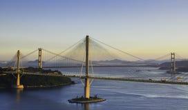 Dzwoni Kau most i Tsing Ma most w Hong Kong Zdjęcia Stock