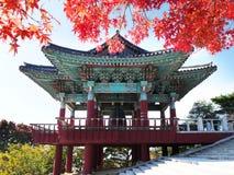 Dzwonkowy pawilon przy Seokguram grotą w Gyeongju, Południowy Korea zdjęcia stock