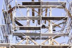 dzwonkowy stary wierza Przywrócenie stary dzwonkowy wierza rusztowanie Obrazy Stock