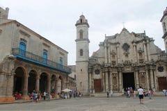 Dzwonkowy wierza arkady i katedra Obrazy Stock