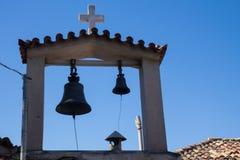 Dzwonkowy wierza Grecki kościół w centrum Ateny obraz royalty free