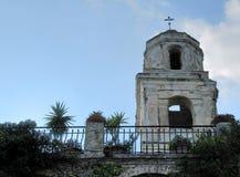 Dzwonkowy wierza kościół antyczna wioska Bussana Vecchia - Włochy (Liguria) Obraz Stock
