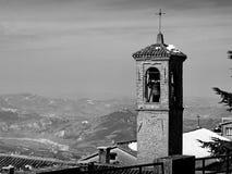 Dzwonkowy wierza kościół i klasztor Capuchin ojcowie, San Marino obraz stock