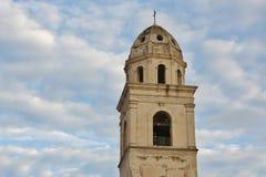 Dzwonkowy wierza w Sirolo, Marche, środkowy Italy obrazy stock