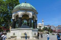 EÅŸmesi del ‡ tedesco di Alman o della fontana à nel ¡ n Ahmed Park di Sultà Istamb Immagine Stock