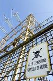 Eñal de peligro de alto voltaje Imagen de archivo libre de regalías