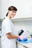 Żeńscy dentysty Steralizing narzędzia Fotografia Stock