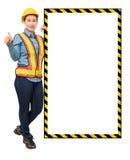 Żeński pracownik z ochrony wyposażeniem, pozuje stronę duży whit Zdjęcie Royalty Free