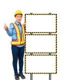 Żeński pracownik z ochrony wyposażeniem, pozuje stronę duży whit Zdjęcia Royalty Free