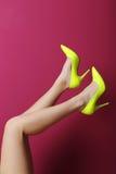 Żeńskie nogi Zdjęcie Stock