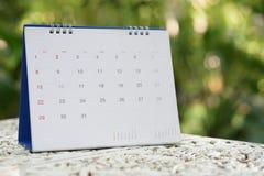 E Календарь для плановика для того чтобы сделать расписание, встречу повестки дня, организацию, стоковые изображения