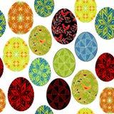 E Красивые пасхальные яйца, покрашенные с различными картинами Соответствующий как обои, для пакуя подарков для пасхи иллюстрация штока