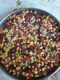 E Очень вкусный домодельный варить Блюдо Пицца с мясом стоковые фото