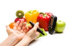E свежие фрукты, концепция для диабета, уменьшая, здоровые питание и усиливать невосприимчивость стоковые изображения rf