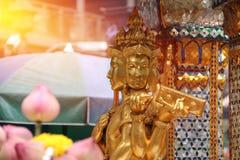 E Скульптура лорда красивого индийского вероисповедания традиционная стоковое фото rf