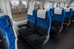 E3系列子弹的硬席(高速或Shinkansen 免版税库存照片