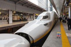 E4系列子弹(高速或Shinkansen)火车 免版税图库摄影