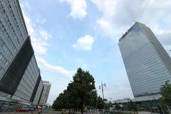 E 在亚历山大广场附近的东柏林宫殿 免版税图库摄影