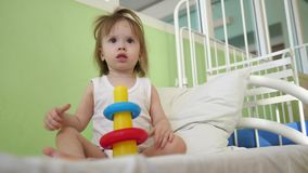 E 幼儿园和幼儿园的教育玩具 股票视频