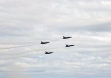 1, 2, 3 e 4 aerei da caccia di angeli blu Fotografia Stock Libera da Diritti