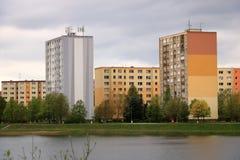 E Architektursonderkommando und Muster des sozialen Wohn von den Wohnungen in Jablonec, Tschechische Republik lizenzfreies stockfoto