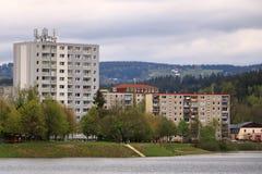 E Architektursonderkommando und Muster des sozialen Wohn von den Wohnungen in Jablonec, Tschechische Republik lizenzfreie stockfotos