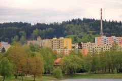 E Architektursonderkommando und Muster des sozialen Wohn von den Wohnungen in Jablonec, Tschechische Republik stockfotografie
