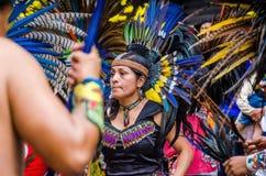 E Aztec dansaredans i Zocalo arkivbild