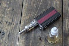 E-cigarett eller vaping apparat Royaltyfri Bild