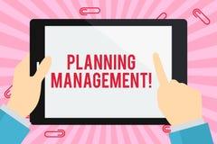 E Concept d'affaires pour l'acte ou le processus de faire ou d'effectuer l'homme d'affaires de plans illustration de vecteur