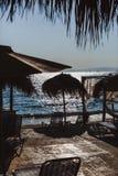 E Coucher du soleil en mer photo stock