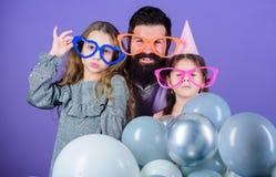 E Dieses ist Datei des Formats EPS10 Töchter benötigen Vater interessierten aktiv für das Leben Zeit, für das schöne, lächelnde j stockfoto