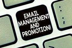E Enviamento de texto da foto do negócio como a campanha de publicidade fotografia de stock royalty free