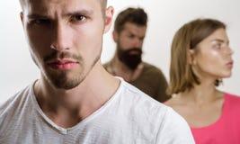 E fördjupning och självmords- terapi för tendensfamiljpsykolog man med par Förälskelseförbindelse av royaltyfri fotografi