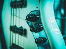 E-Gitarre und Volumen und Geschwindigkeitsregler Lizenzfreies Stockbild