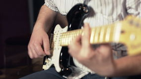 E-Gitarren-Sitzung stock footage