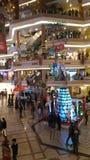 E Giusta vista anteriore del centro commerciale Udaipur Ragiastan di celebrazione Fotografia Stock
