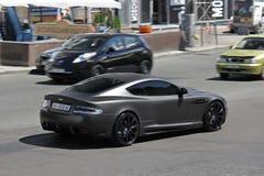E Het Project Kahn van Matt Aston Martin DBS op de weg in Kiev stock fotografie