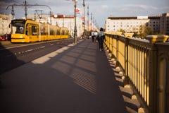 E Il ponte collega Buda, il parassita e Margaret Island fotografia stock libera da diritti