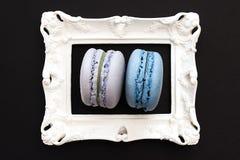 E Maccheroni francesi variopinti dei biscotti immagini stock libere da diritti